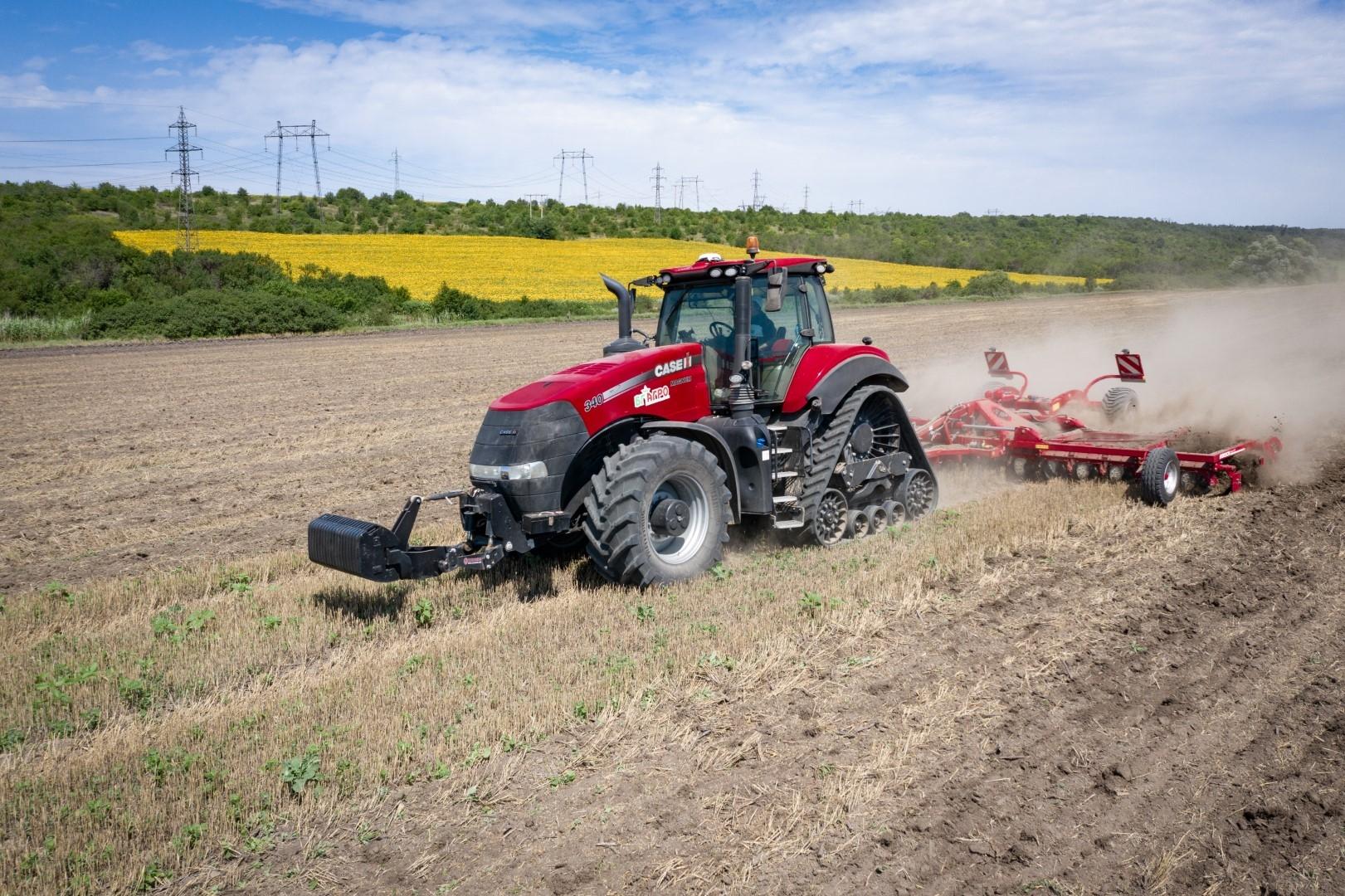 case-ih-tractor-magnum-rowtrac